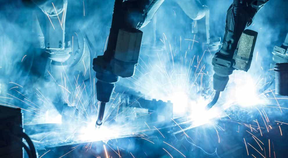 Dos empleos se pierden en la industria manufacturera, por cada nuevo robot