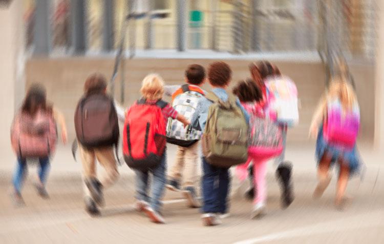 IUGT pide un permiso retribuido para el cuidado de menores y mayores dependientes