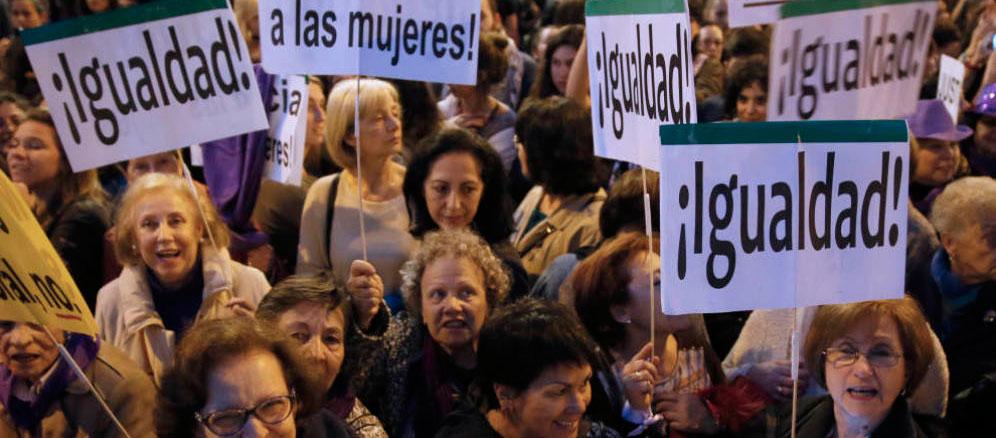 ILas mujeres españolas trabajan gratis